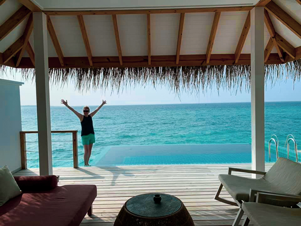 Maldives_Overwater_bungalow