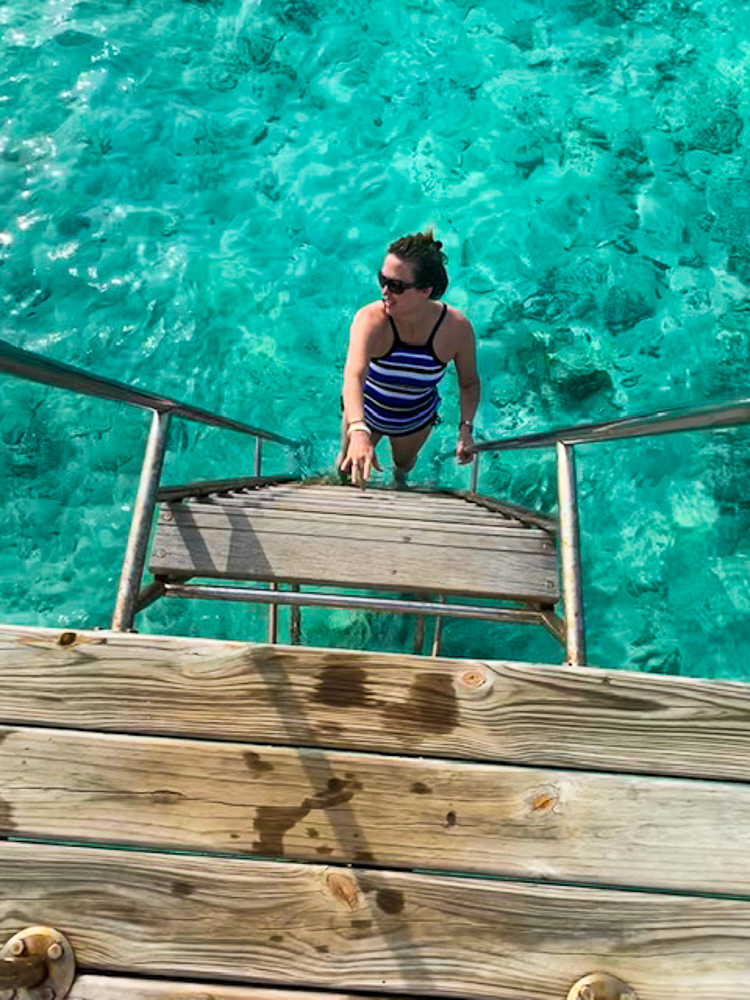 Ocean_Access_from_our_bungalow