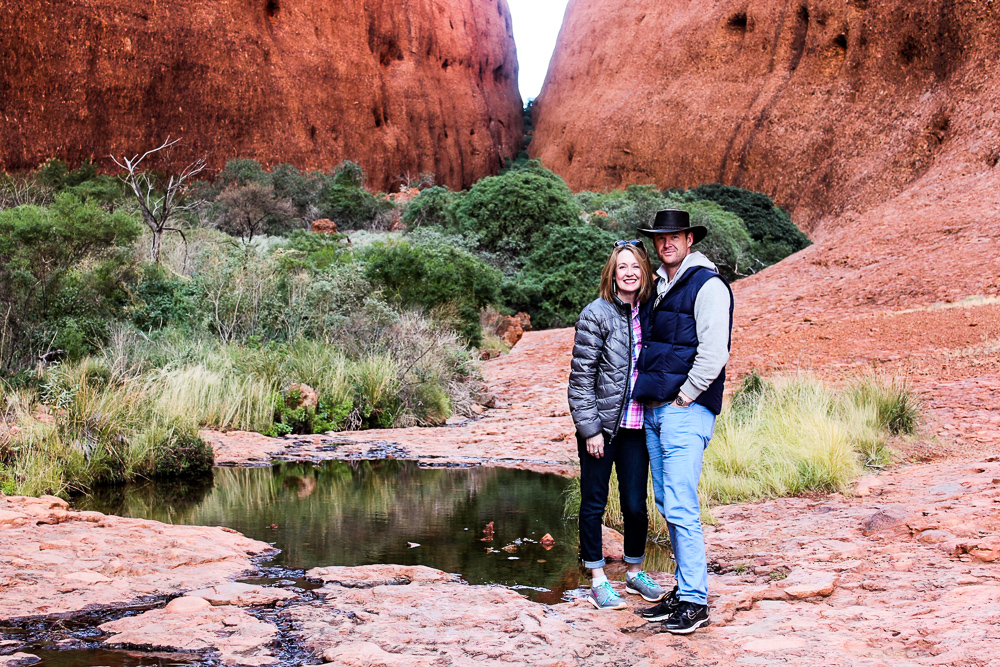 couple-in-the-desert-waterhole
