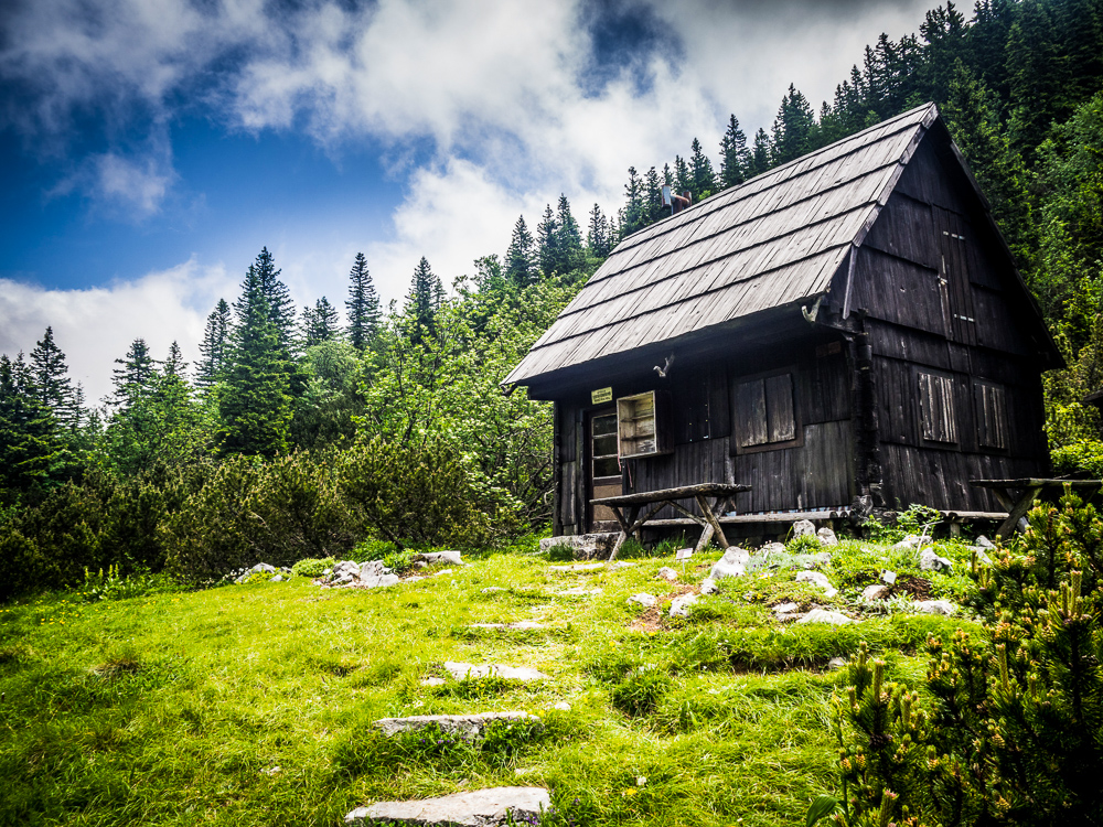 cabin-on-a-mountain